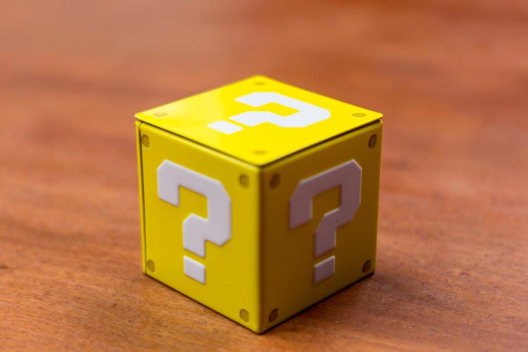 Jared-Cherup_Spørsmålstegn-kube-e1421049896395