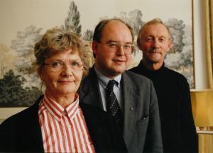 – Jeg har møtt fantastisk mange spennende mennesker i dette vervet, sier Vernegg, her med sine tidligere nestledere Sissel Lange-Nielsen og Tor Guttu.